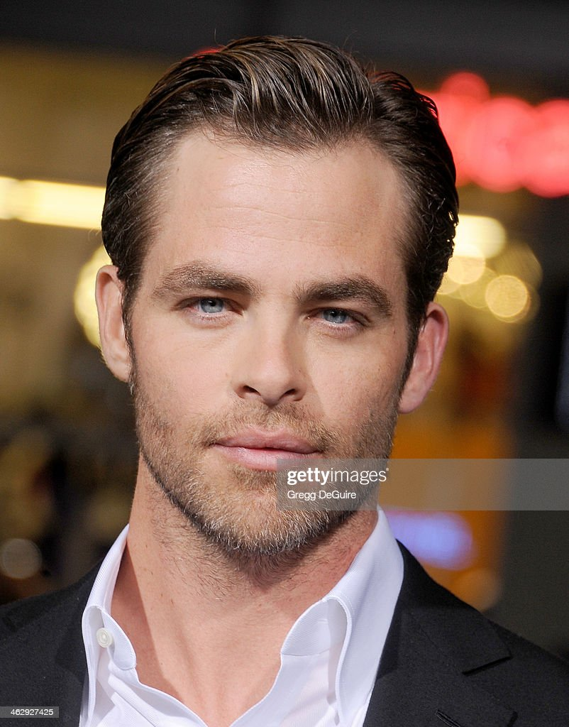 Actor Chris Pine arrives at the Los Angeles premiere of 'Jack Ryan: Shadow Recruit' at TCL Chinese Theatre on January 15, 2014 in Hollywood, California.