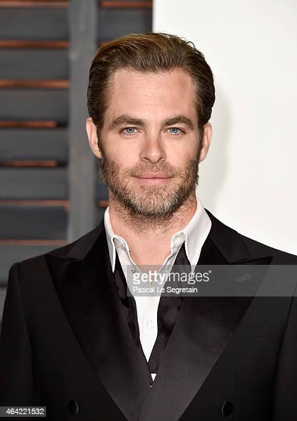 Actor Chris Pine attends the 2015 Vanity Fair Oscar Party hosted by Graydon Carter at Wallis Annenberg Center for the Performing Arts on February 22...