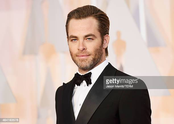 Actor Chris Pine attends the 87th Annual Academy Awards at Hollywood & Highland Center on February 22, 2015 in Hollywood, California.