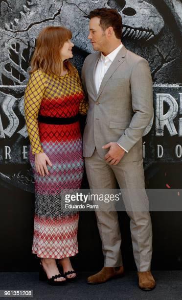 Actor Chris Pratt and Actress Bryce Dallas Howard attend the 'Jurassic World Fallen Kingdom' photocall at Villamagna hotel on May 22 2018 in Madrid...