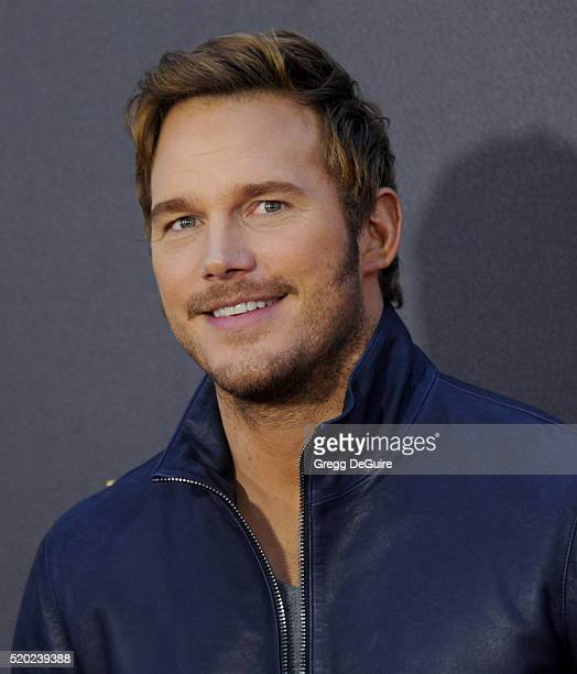 Actor Chris Pratt arrives at the 2016 MTV Movie Awards at Warner Bros Studios on April 9 2016 in Burbank California