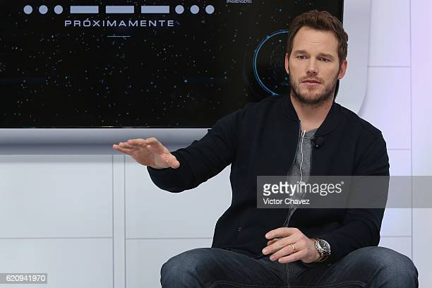"""Actor Chris Pratt attends photocall and video chat to promote his new film """"Passengers"""" at St. Regis Hotel on November 3, 2016 in Mexico City, Mexico."""