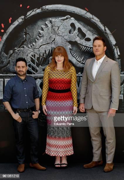 Actor Chris Pratt , director Juan Antonio Bayona and Actress Bryce Dallas Howard attend the 'Jurassic World: Fallen Kingdom' photocall at Villamagna...