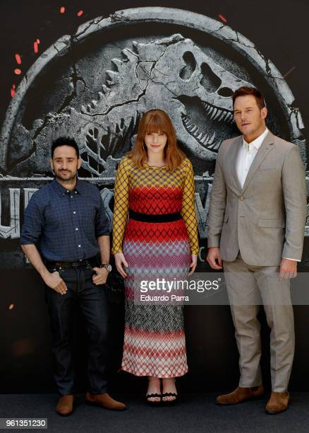 Actor Chris Pratt director Juan Antonio Bayona and Actress Bryce Dallas Howard attend the 'Jurassic World Fallen Kingdom' photocall at Villamagna...