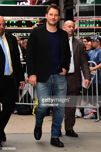 """Actor Chris Pratt is seen walking outside of """"Good Morning America"""" on September 20, 2016 in New York City."""