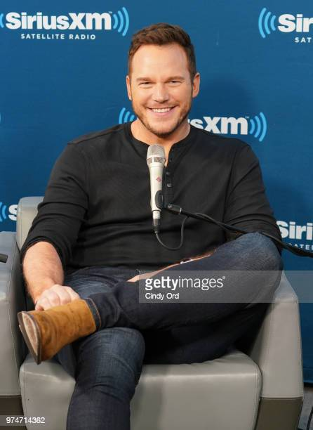 Actor Chris Pratt takes part inÊSiriusXM's Town Hall with the cast of 'Jurassic World Fallen Kingdom' at the SiriusXM Studios on June 14 2018 in New...