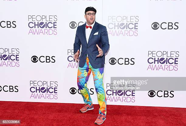 Actor Chris Sullivan attends the People's Choice Awards 2017 at Microsoft Theater on January 18 2017 in Los Angeles California
