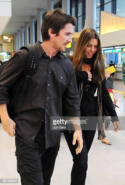 Actor Christian Bale and his wife Sibi Bale arrive at Narita International Airport on June 3 2009 in Narita Chiba Japan