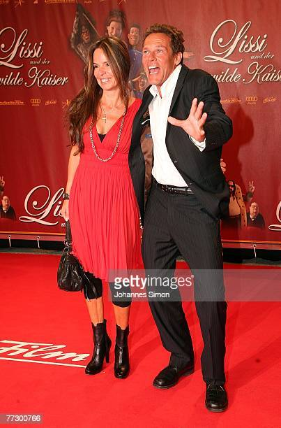 Actor Christian Tramitz and his wife Anette attend the premiere of Lissi Und Der Wilde Kaiser at the Royal Residence on October 11 2007 in Munich...