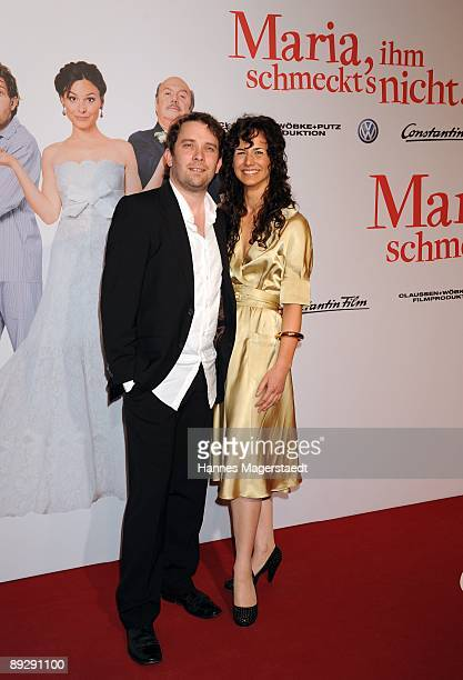 Actor Christian Ulmen and his wife Huberta attend the world premiere of 'Maria, Ihm Schmeckt's Nicht!' on July 27, 2009 in Munich, Germany.