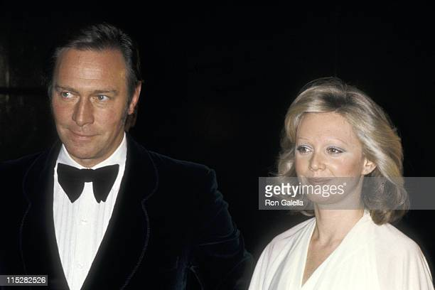 Actor Christopher Plummer and wife Actress Elaine Taylor attend The Man Who Would Be King New York City Premiere on December 16 1975 at Loews Astor...