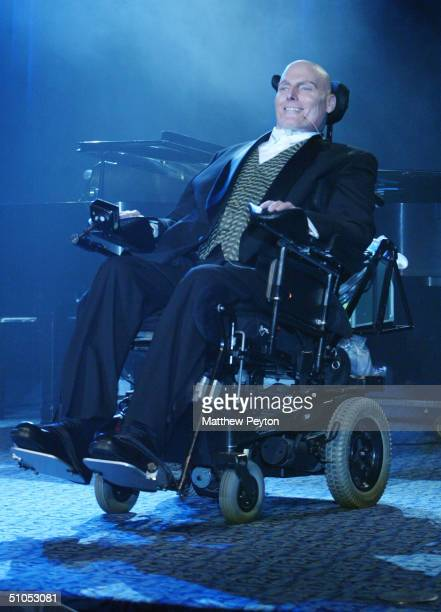 """Actor Christopher Reeve attends the Christopher Reeve Paralysis Foundation 13th Annual """"A Magical Evening"""" Gala at the Marriot Marquis Hotel November..."""