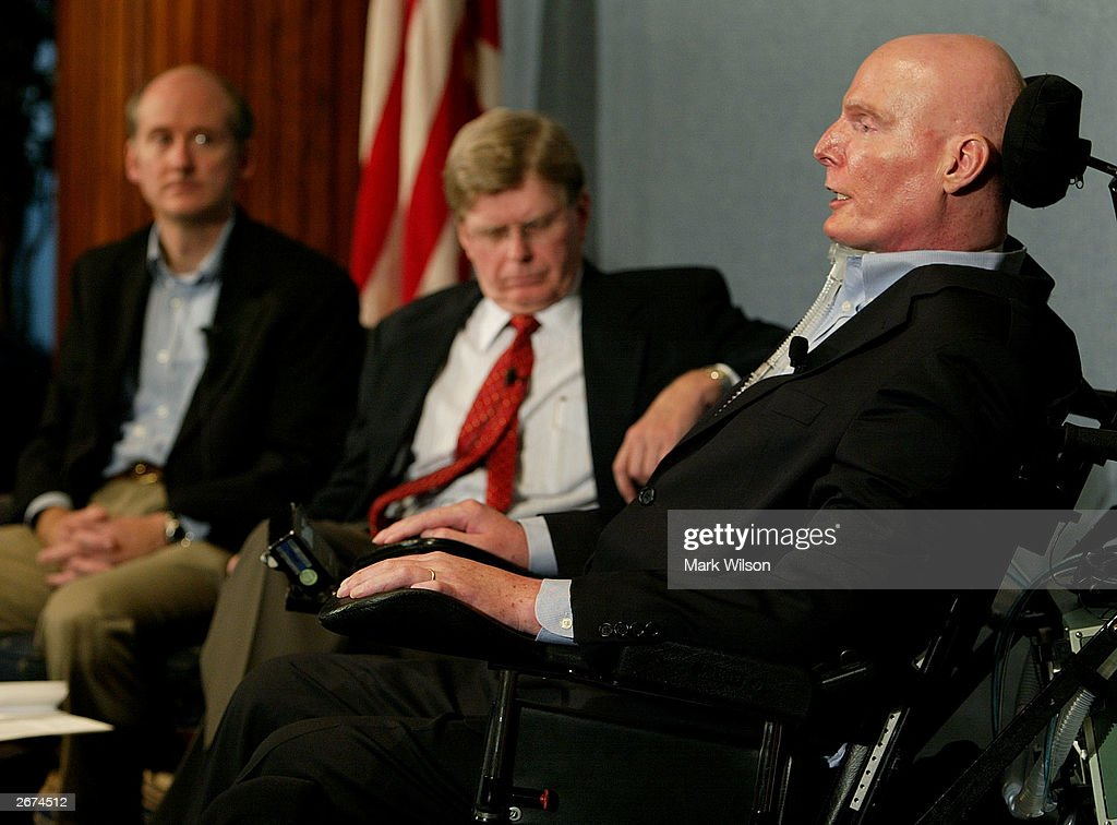 Christopher Reeve Speaks About Stem Cell Research Pictures Getty