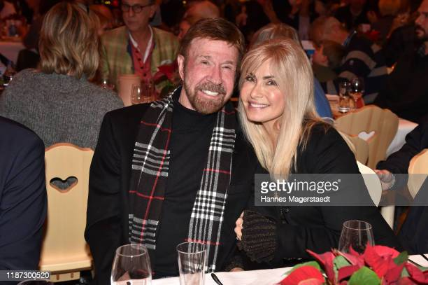 Actor Chuck Norris and wife Gena O'Kelley during the Gut Aiderbichl Christmas Market opening on November 12 2019 in Henndorf am Wallersee Austria