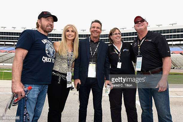 Actor Chuck Norris, Gena O'Kelley, actor Dennis Quaid and former Tampa Bay Devil Rays relief pitcher Jim Morris pose prior to the NASCAR Sprint Cup...