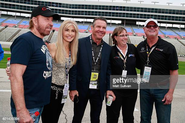 Actor Chuck Norris Gena O'Kelley actor Dennis Quaid and former Tampa Bay Devil Rays relief pitcher Jim Morris pose prior to the NASCAR Sprint Cup...