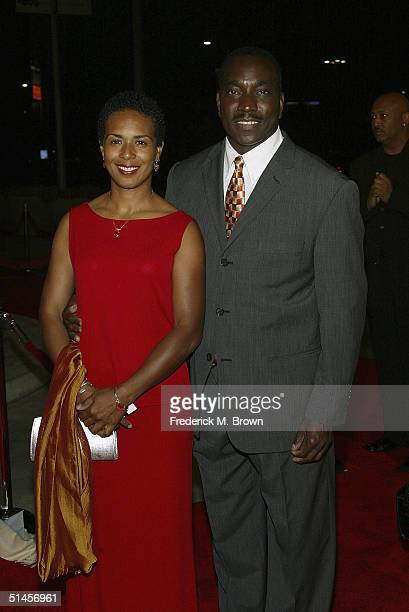 Actor Clifton Powell and his wife Kimberly Powell attend the Genius A Night For Ray Charles taping at the Staples Center on October 8 2004 in Los...