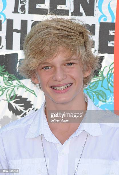 Actor Cody Simpson arrives at the 2010 Teen Choice Awards at Gibson Amphitheatre on August 8 2010 in Universal City California