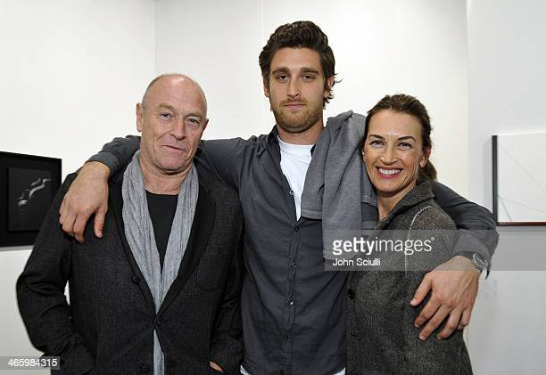 Actor Corbin Bernsen Oliver Miller Bernsen and actress Amanda Pays attend the Art Los Angeles Contemporary 2014 opening night at Barker Hangar on...