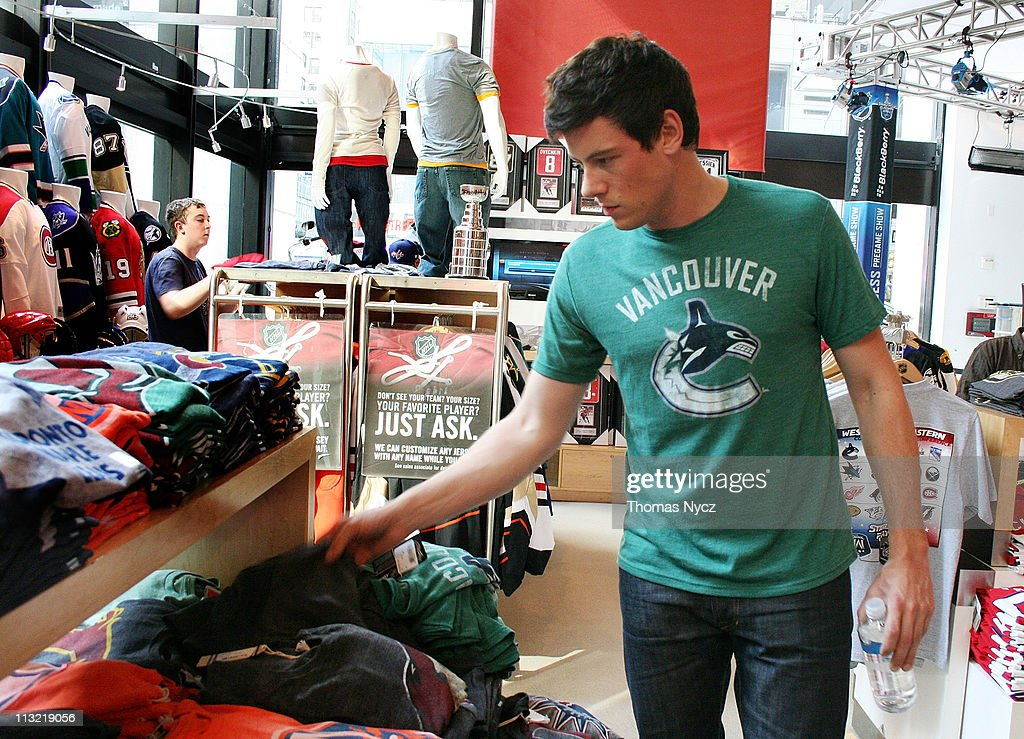 25ded357011bbc Actor Cory Monteith shops in the NHL Powered by Reebok Store on ...
