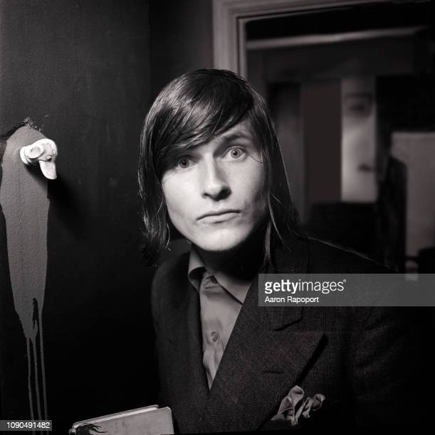 Actor Crispin Glover poses for a portrait in October 1987 in Los Angeles, California.