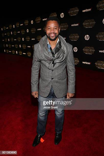 """Actor Cuba Gooding Jr attends the World Premiere of """"Star Wars The Force Awakens"""" at the Dolby El Capitan and TCL Theatres on December 14 2015 in..."""