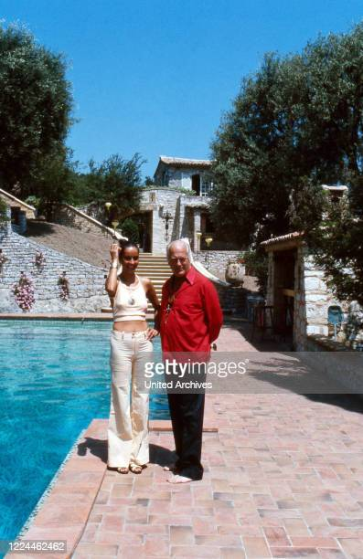 Actor Curd Juergens with his wife Margie in the summer vacation at Saint Paul de Vence, France 1978.