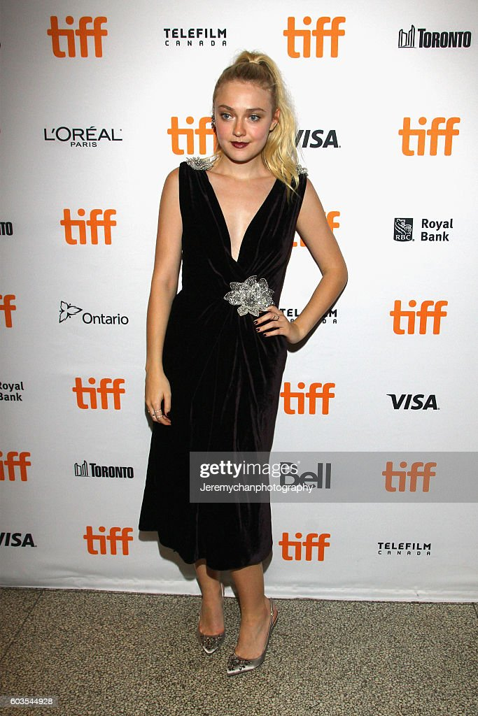 "2016 Toronto International Film Festival - ""Brimstone"" Premiere : News Photo"
