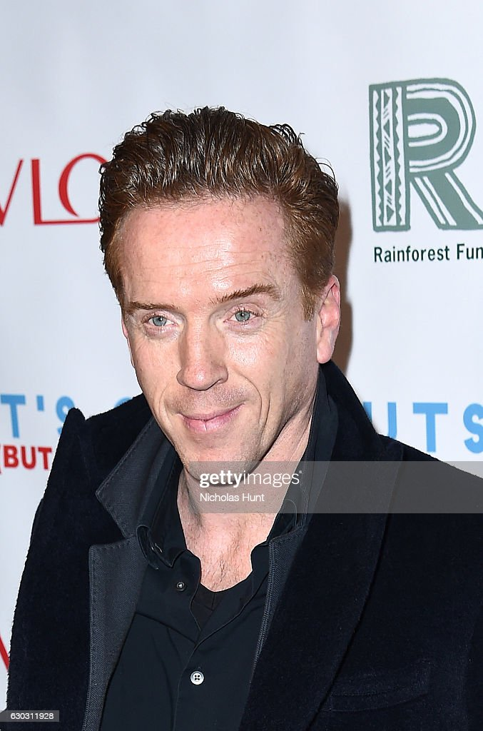 """""""Baby It's Cold Outside"""" - The 2016 Revlon Holiday Concert For The Rainforest Fund Gala : News Photo"""
