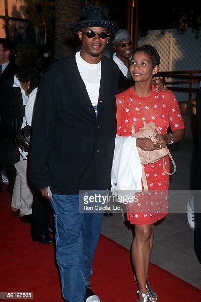 Actor Damon Wayans and wife Lisa Thorner attending the premiere of 'The Nutty Professor' on June 27 1996 at the Universal Ampitheater in Universal...