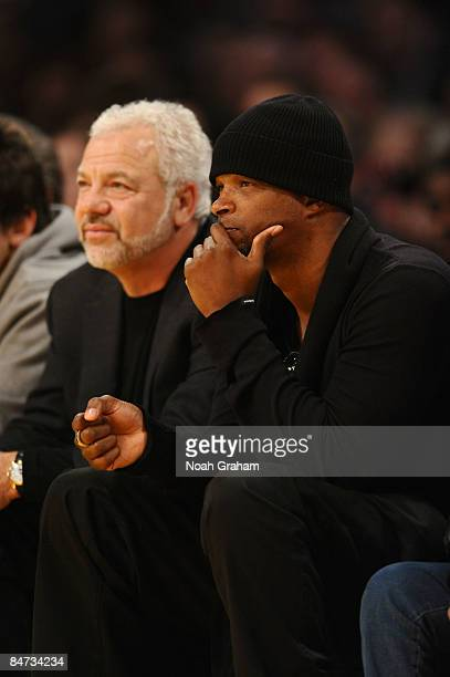 Actor Damon Wayans watches a game from courtside between the Oklahoma City Thunder and the Los Angeles Lakers at Staples Center on February 10 2009...