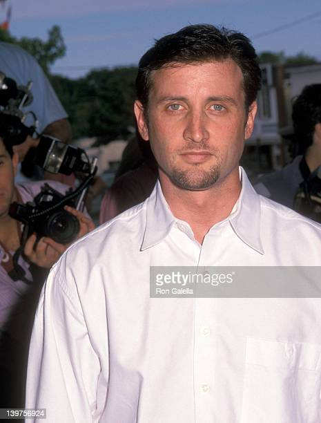 Actor Dan Abrams attends the premiere of Legally Blonde on July 7 2001 at the Uinted Artists Theater in Southampton New York