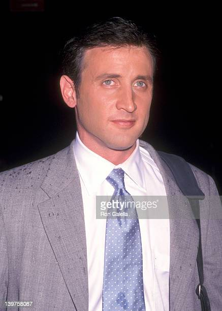 """Actor Dan Abrams attends the premiere of """"The Bourne Identity"""" on June 12, 2002 at the Sutton Theater in New York City."""