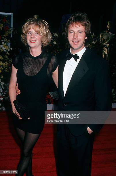 Actor Dana Carvey and wife Paula Swaggerman attending 64th Annual Academy Awards on March 30 1992 at Dorothy Chandler Pavilion
