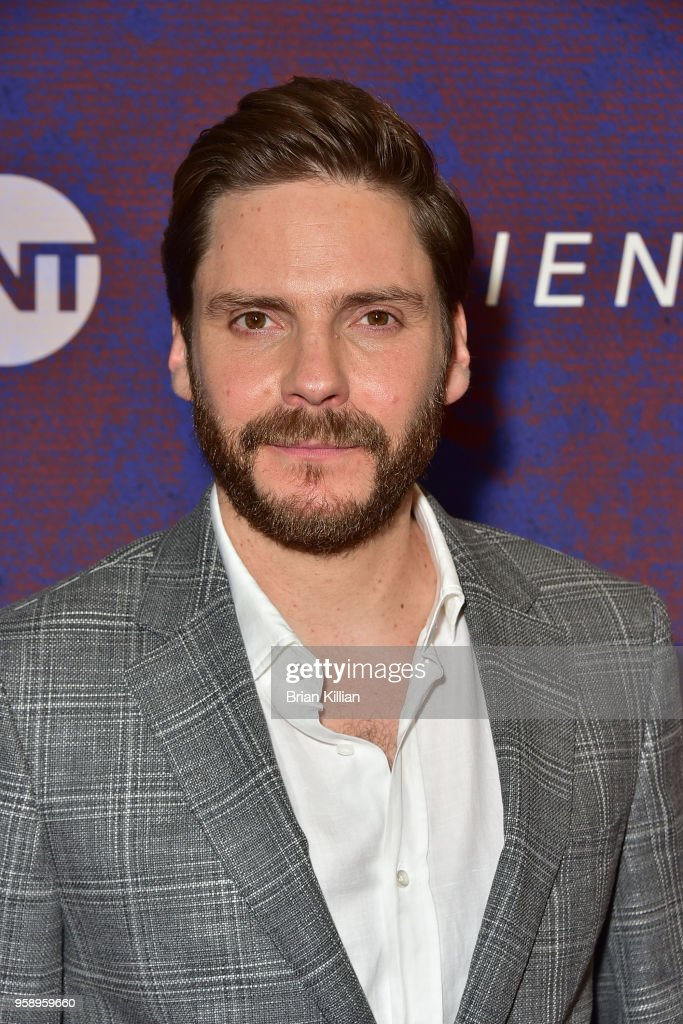 """Emmy For Your Consideration - """"The Alienist"""""""