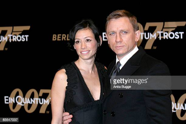 Actor Daniel Craig and Satsuki Mitchell attend the Berlin premiere of 'Quantum of Solace' on November 3 2008 in Berlin Germany