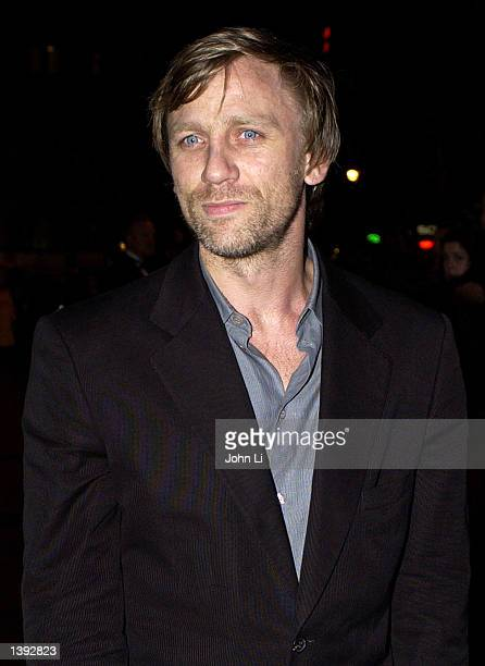 Actor Daniel Craig arrives for the British premiere of The Road To Perdition September 18 2002 at the Odeon Cinema in Leicester Square in London...