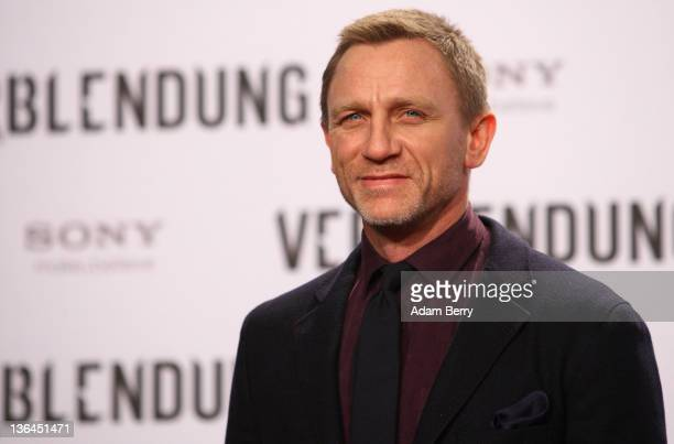 Actor Daniel Craig arrives for the German premiere of the film 'The Girl With the Dragon Tattoo' the first part of a series of film versions of the...