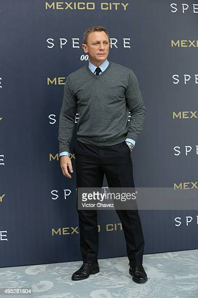 Actor Daniel Craig attends a photo call to promote the new film Spectre on November 1 2015 in Mexico City Mexico