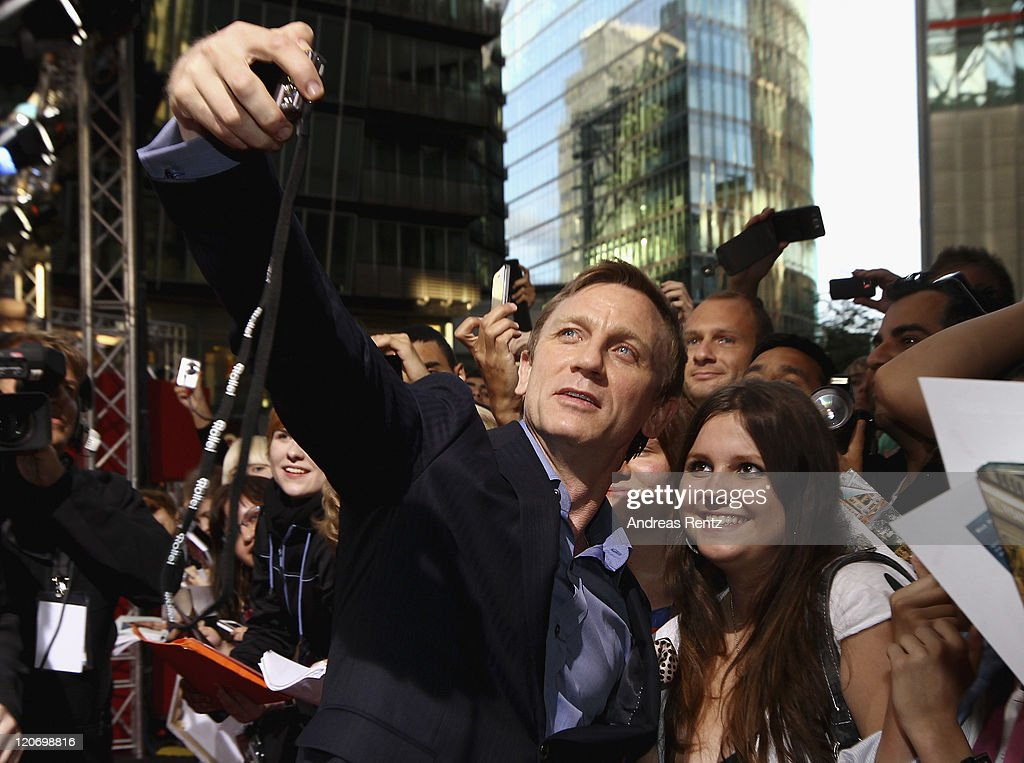 Actor Daniel Craig attends the 'Cowboys & Aliens' - Germany Premiere at CineStar on August 8, 2011 in Berlin, Germany.