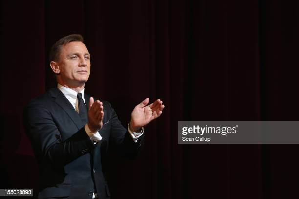 Actor Daniel Craig attends the Germany premiere of Skyfall at the Theater am Potsdamer Platz on October 30 2012 in Berlin Germany