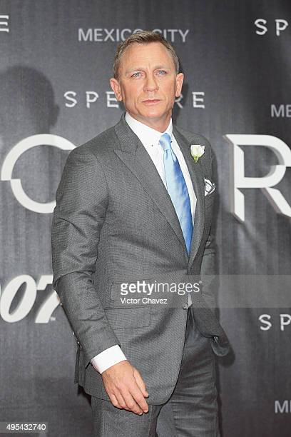 Actor Daniel Craig attends the 'Spectre' Mexico City premiere at Auditorio Nacional on November 2 2015 in Mexico City Mexico