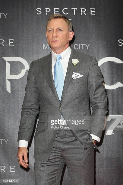 Actor Daniel Craig attends the Spectre Mexico City premiere at Auditorio Nacional on November 2 2015 in Mexico City Mexico