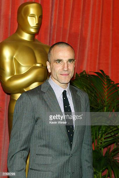 Actor Daniel Day-Lewis arrives at the Oscar Nominee's Luncheon at the Beverly Hilton Hotel on March 10, 2003 in Beverly Hills, California.