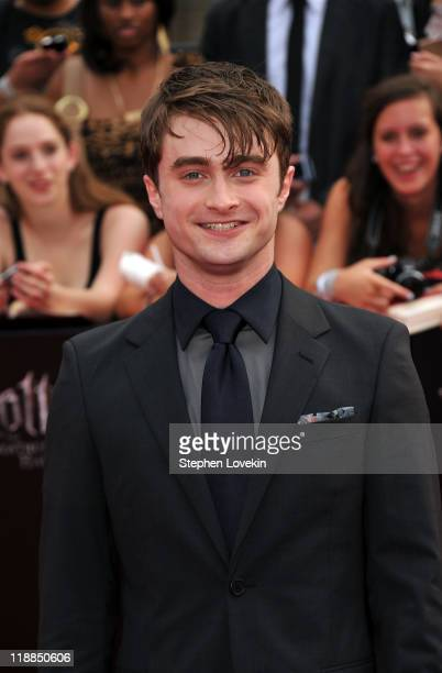 Actor Daniel Radcliffe attends the New York premiere of Harry Potter And The Deathly Hallows Part 2 at Avery Fisher Hall Lincoln Center on July 11...