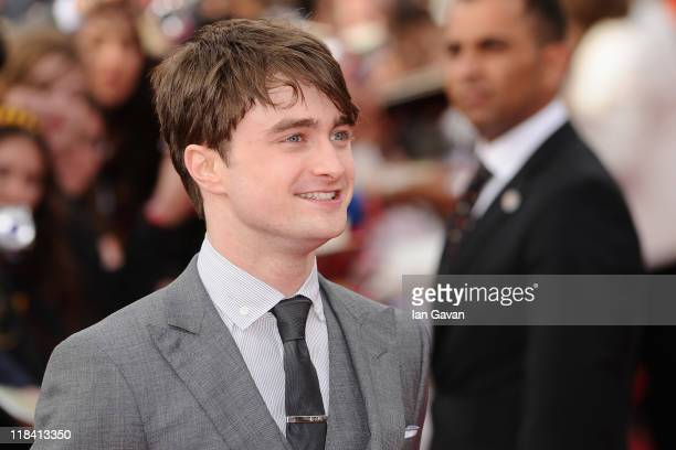 Actor Daniel Radcliffe attends the World Premiere of Harry Potter and The Deathly Hallows - Part 2 at Trafalgar Square on July 7, 2011 in London,...