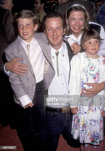 Actor Daniel Stern, wife Laure Mattos, and their children attend the 'City Slickers' Hollywood Premiere on June 6, 1991 at Mann's Chinese Theatre in...