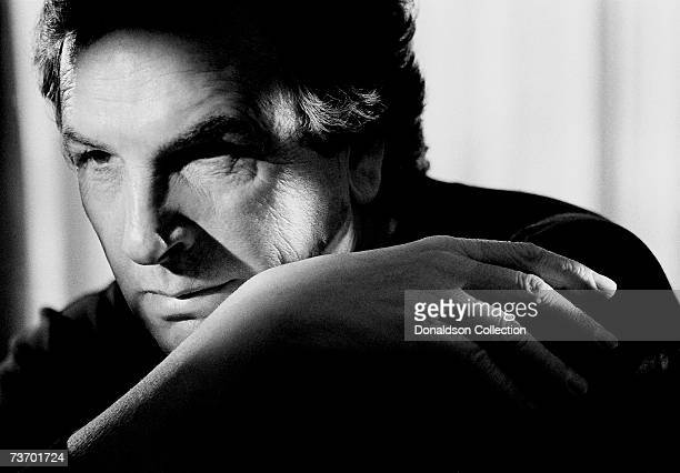 Actor Danny Aiello poses for a photo shoot in 1989 in his hotel room in Los Angeles California