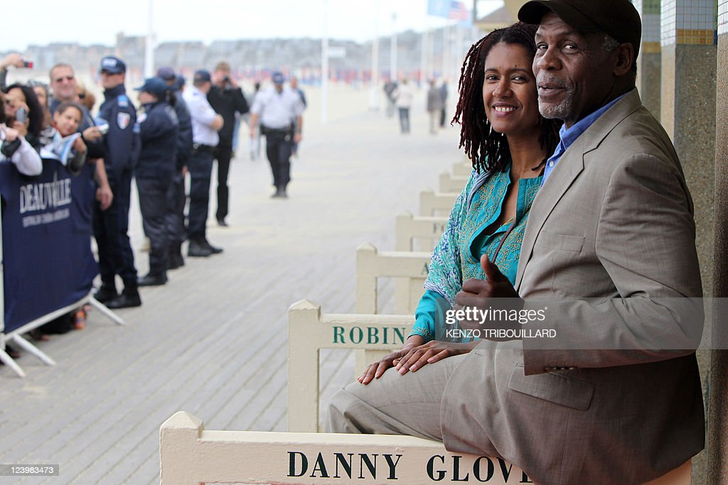 US actor Danny Glover (R) and his wife A : News Photo