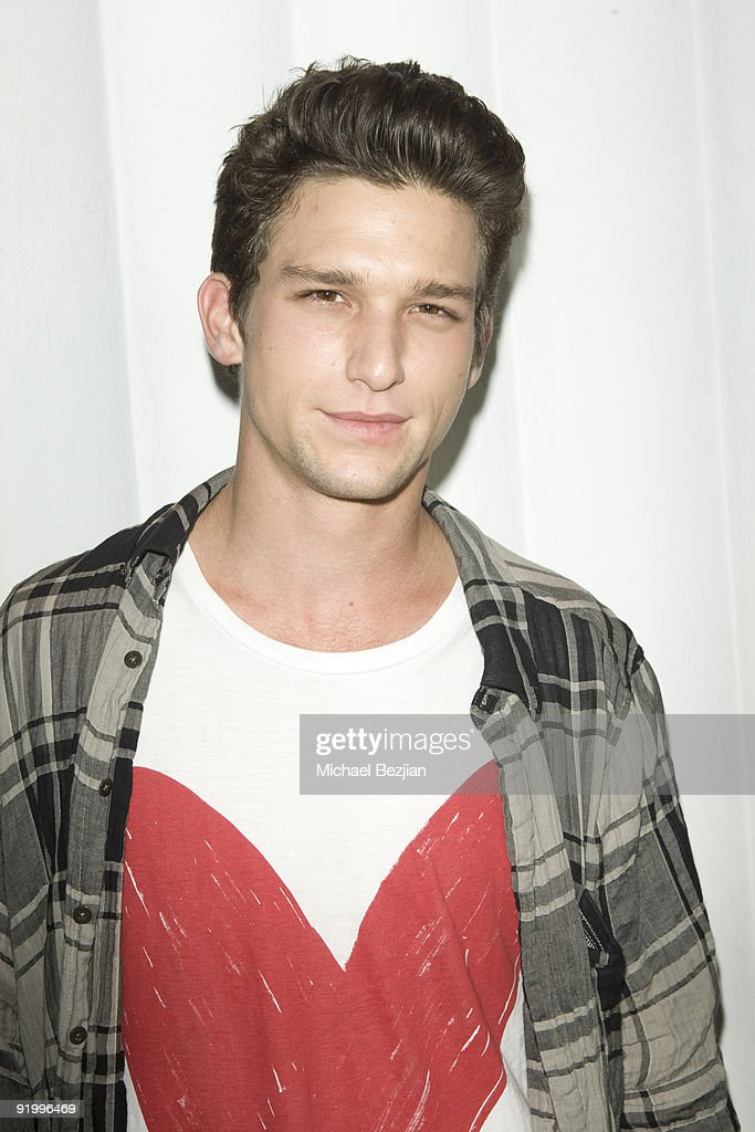 Actor Daren Kagasoff attends SBE's Mi-6 Nightclub Opening on September 15, 2009 in West Hollywood, United States.